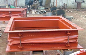 Bellows fabric for expansion joints